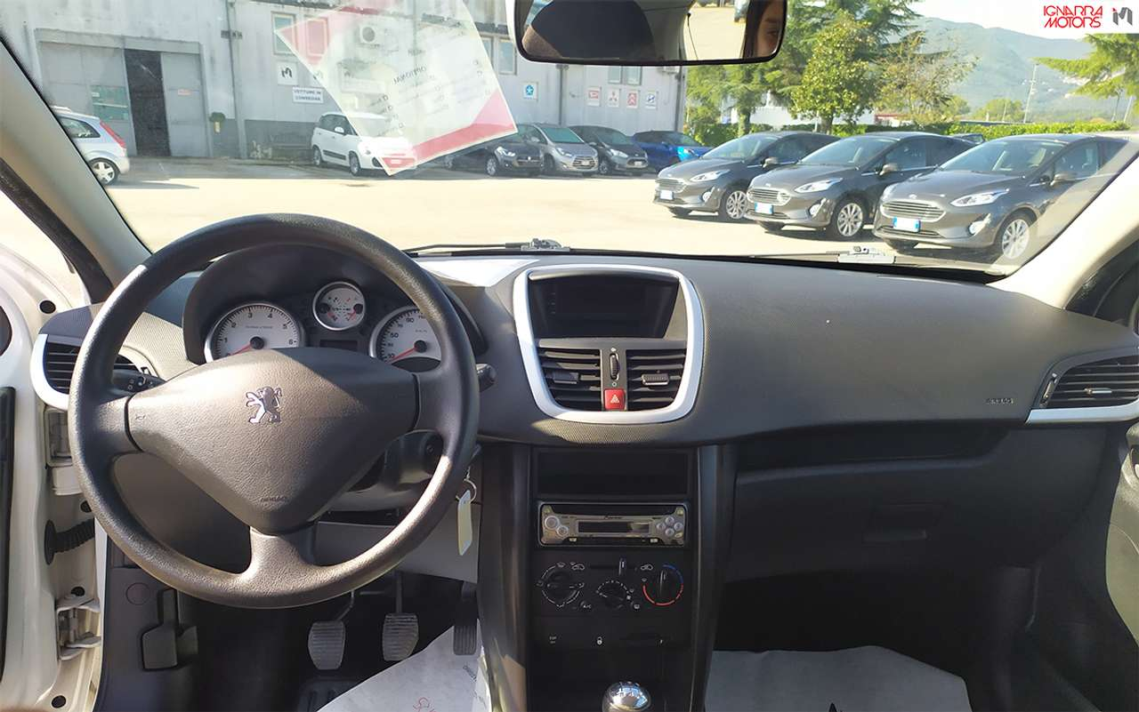 Peugeot 207 1,4 8V X-LINE ECO-GPL 3P