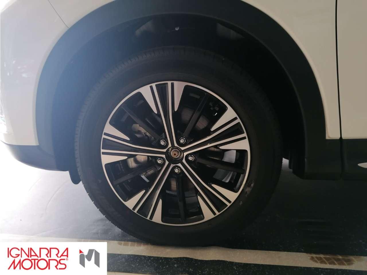 Mitsubishi Eclipse Cross 1.5 2WD INTENSE SDA A/T Promo Tan 1,99